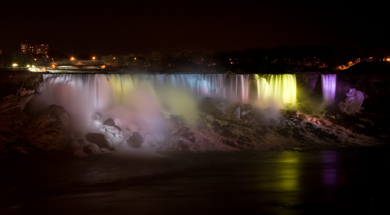 Niagara Falls at night lit up from the Canadian side