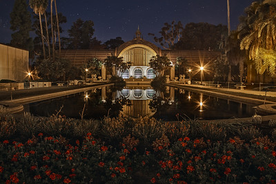 The Botanical Building in Balboa Park at night