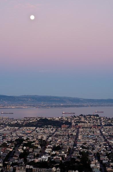 Moon over San Francisco at dusk