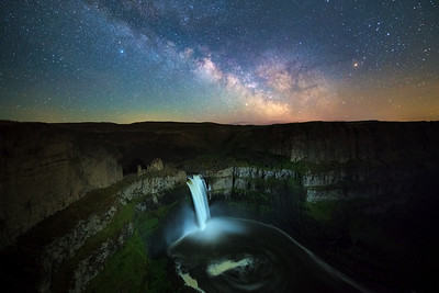 Palouse Falls Milky Way