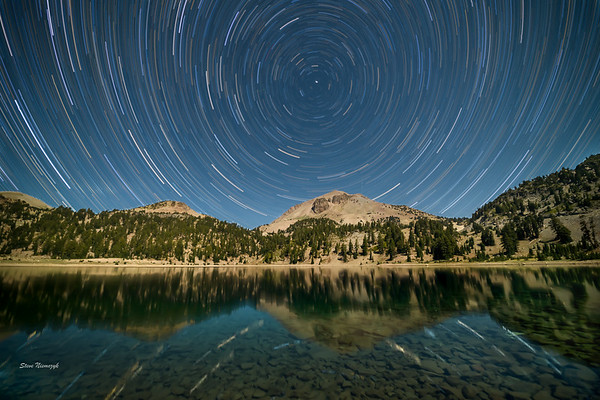 Star Trails at Lake Hellen