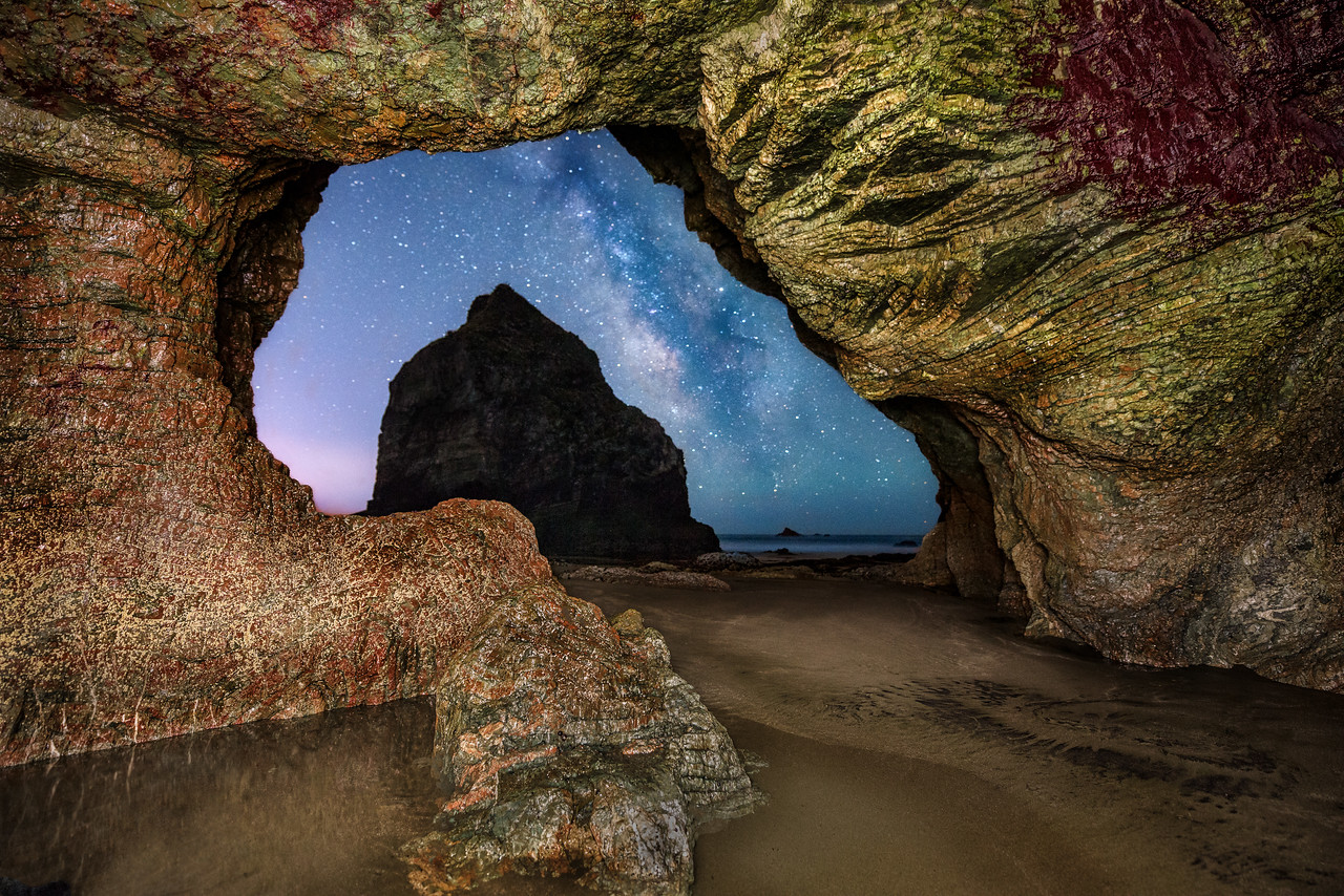 Rainbow Rock Sea Cave & Milky Way, Brookings, OR