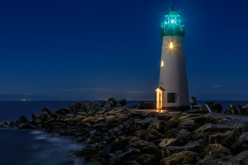 Walton Lighthouse Light Beams 1