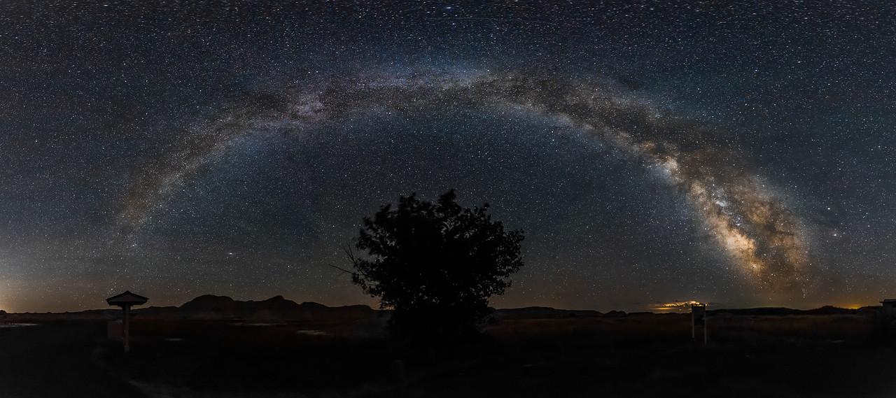 Badlands NP Milky Way 2.3