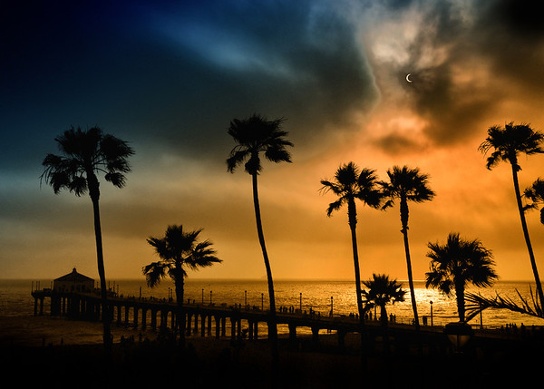 The Solar Eclipse, view from the Manhattan Beach Pier. 6:34PM 5/20/12