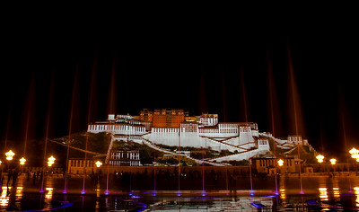 Night scene of Potala Palace shot from the front square at around midnight.