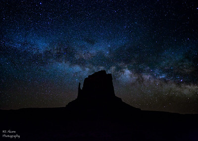 Made from 6 light frames (captured with a Canon camera) by Starry Landscape Stacker 1.4.5.