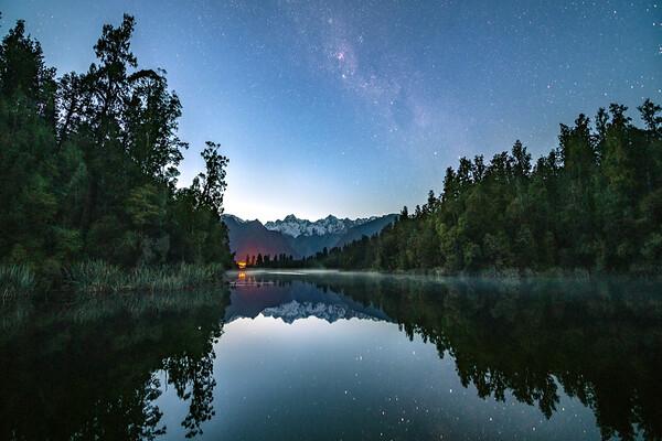 Galactic Glint || Lake Matheson