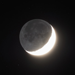 Earthshine 19% 16th April 2021