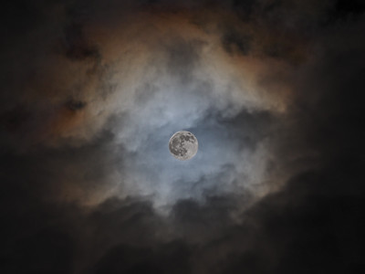 Full moon clouds