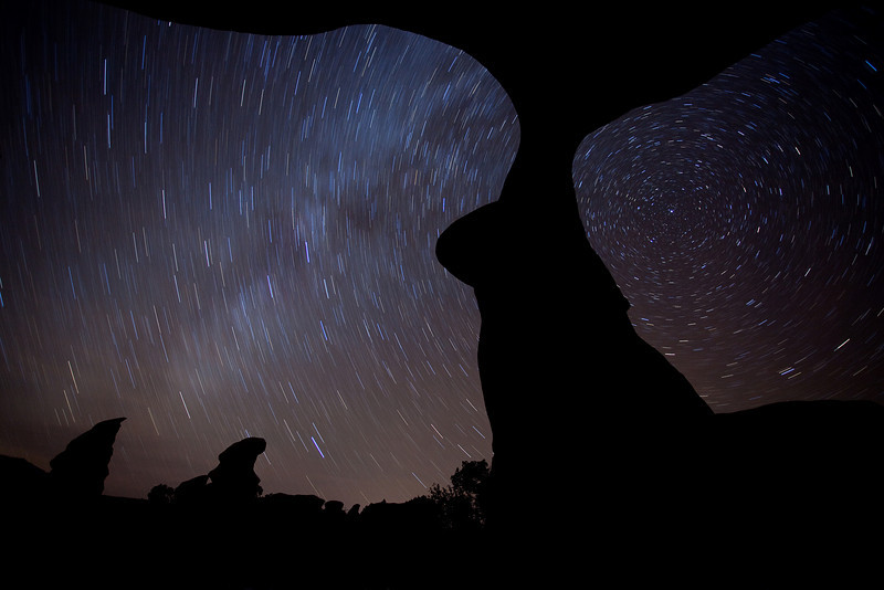 Easter Arch at Night<br /> 14 Minutes<br /> <br /> Devils Garden<br /> Escalante, Utah<br /> (5II-08810)