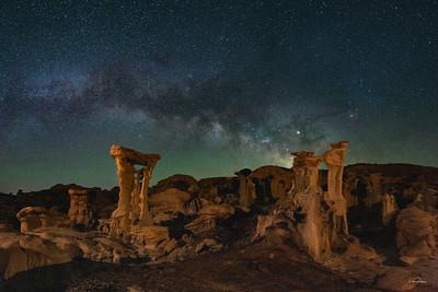 Alien Throne - Valley of Dreams
