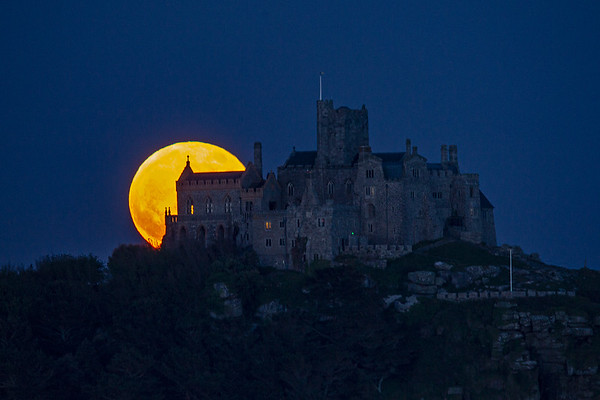 The Flower full supermoon over St Michael's Mount in Cornwall, UK last night
