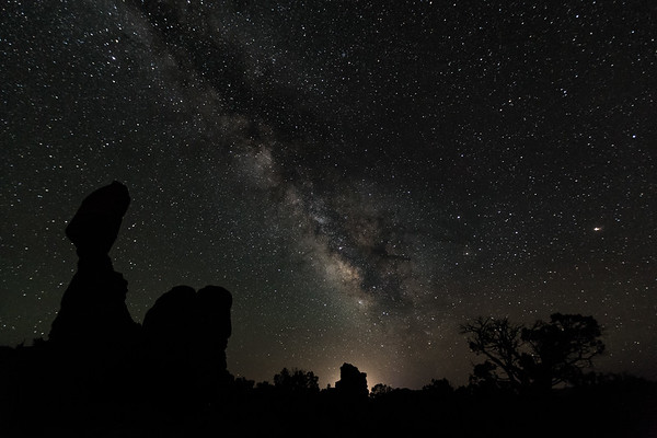 Milky Way | Balanced Rock | Arches National Park | Utah