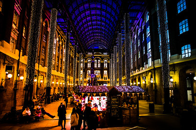 Christmas Bazaar - Hay's Galleria - London