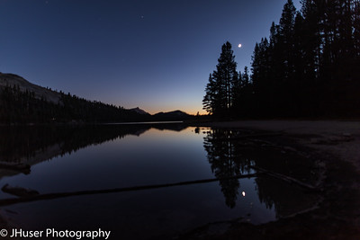 Moon rise after sunset over Lake Tenaya