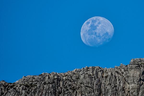 Moon Bainskloof 01
