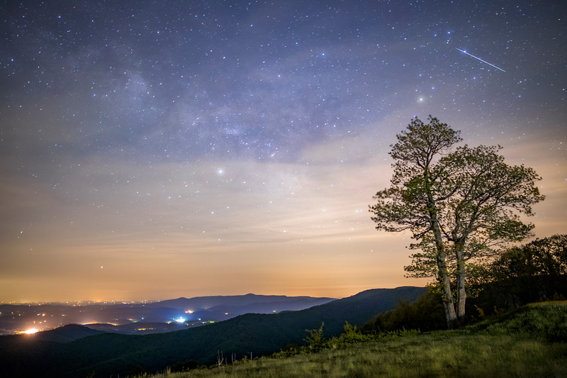 Meteor above the Blue Ridge Mountains
