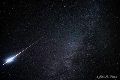 Perseid Meteor and Milky Way