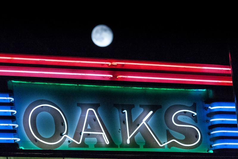 Oaks Theater —Berkeley's Thousand Oaks Neighborhood