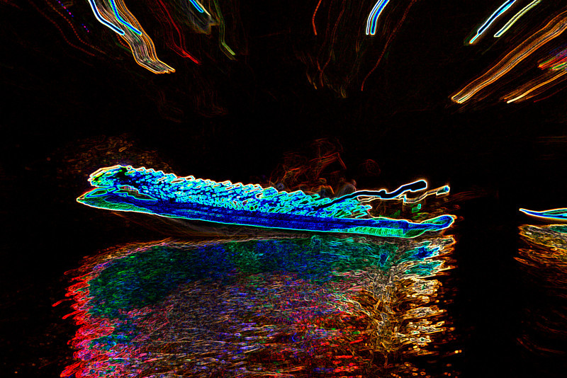 DP Boat Glowing Edges
