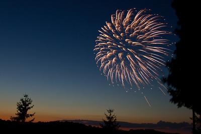 06-30-2012-Fireworks_Camillus-5950