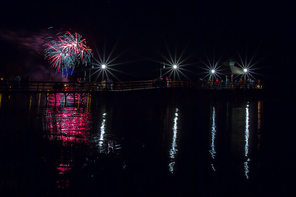 Fulton Fireworks at Pier 5/23/2015