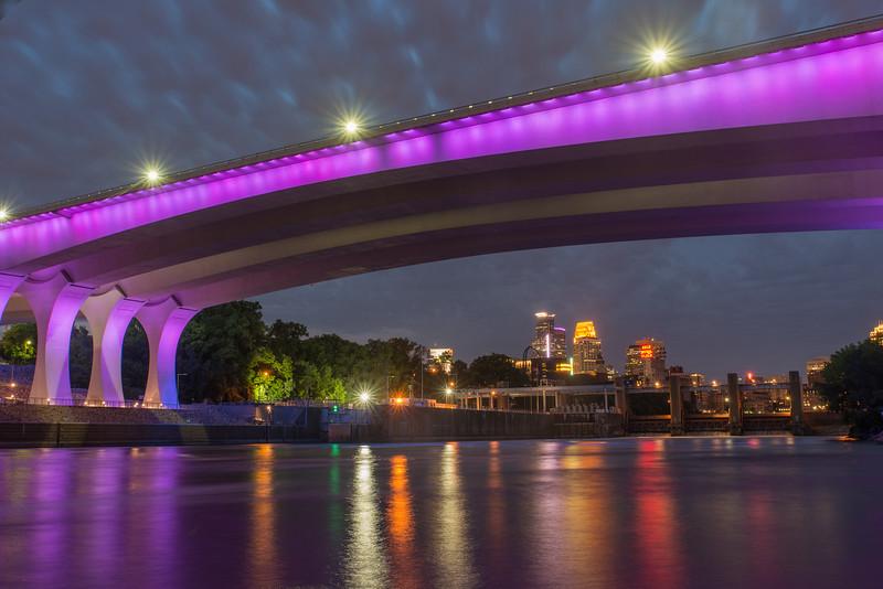 Minneapolis skyline under 35W Bridge