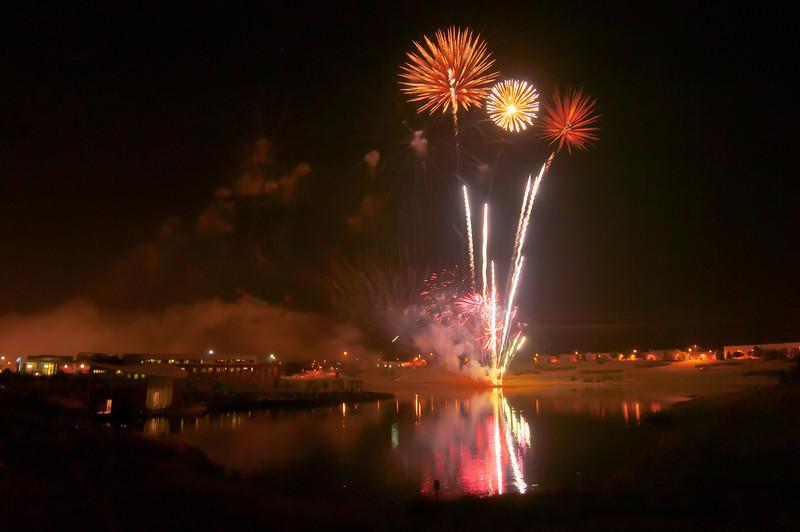 MNGN-12131: Fireworks Trio