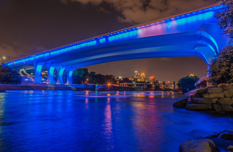 Minneapolis under the 35W bridge