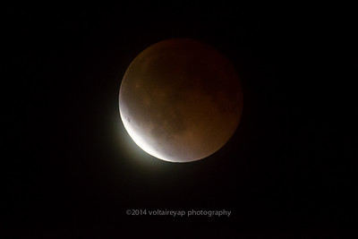 Lunar Eclipse Umbral Phase, Foster City, April 2014