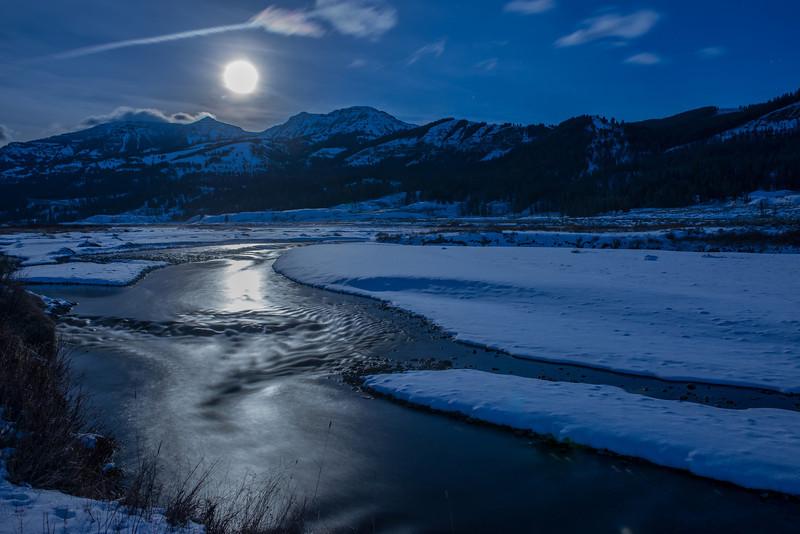 TRWT-12-39: Moon glow on the Lamar River