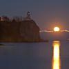 MNGN-12001: Full moon rising