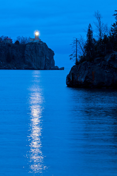 MNLR-11264: Splitrock Lighthouse on November 10