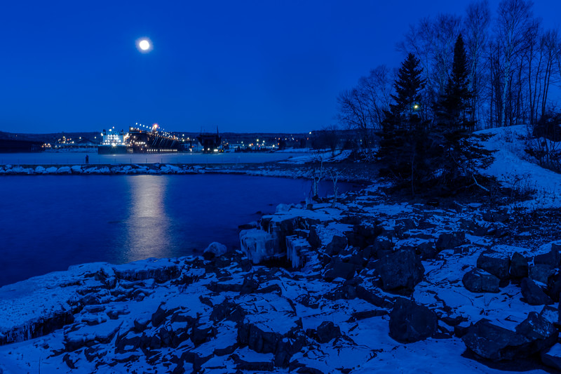 Setting moon over Two Harbors