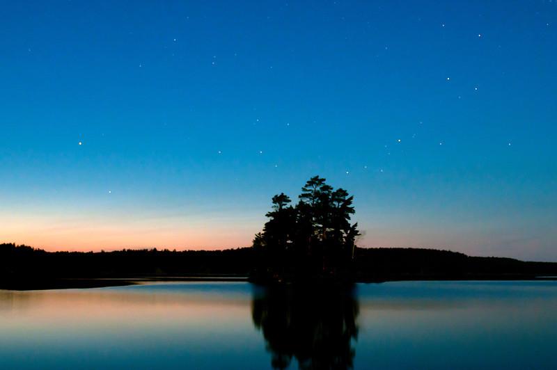 MNGN-11118: Starry night on Burntside Lake
