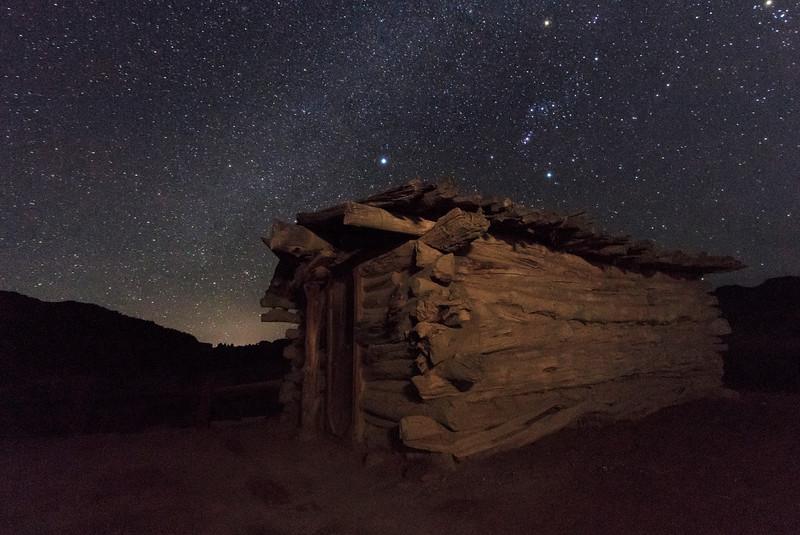 Night Cabin 03