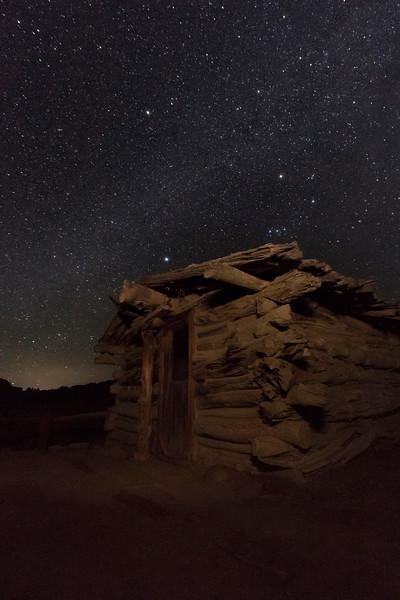 Night Cabin 02