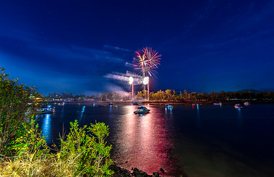 New Years Eve 7:30 fireworks display on the Fitzroy River front.