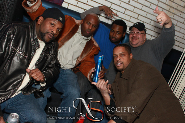Synergy Sundays at 609 - Photos taken by Maurice