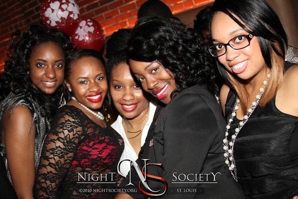The Umbrella Group Hosts The Essence of a Capricorn at Exo. Photography by Nightsociety.