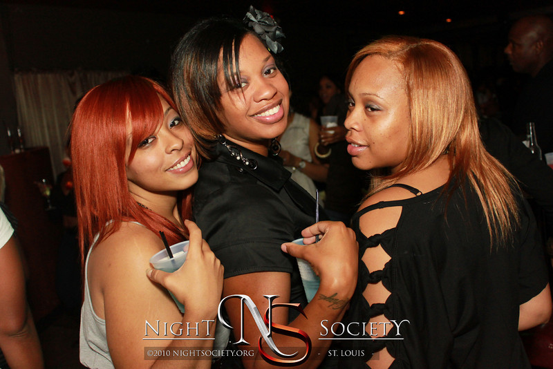 Beautiful Fridays at Envy Ultra Lounge - Photos taken by Maurice