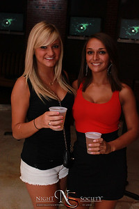 We Love Thursdays at Club F15teen - Photos taken by Maurice
