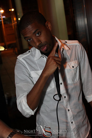 First Fridays Saint Louis makes its return at Jbucks in Clayton. Photography by Maurice.