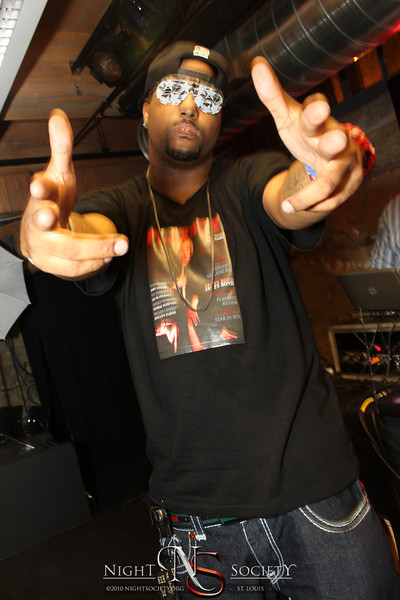 Super Smooth Promotions Presents: Rising To The Top - Gemini Extravaganza - at JBucks - Photos taken by Maurice