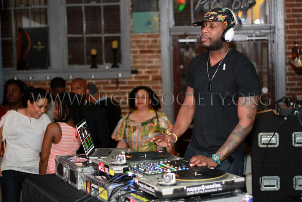 Talib Kweli hits stage at Lola April 17th 2014 (Downtown St. Louis MO.