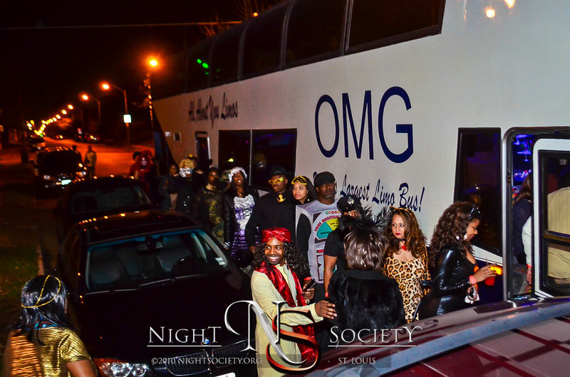 Night Society and Bfreestlouis takes the Nightlife Express Party Bus to Jefferson Bistro, Lola, CWE Block Party and Coliseum!!! - Photos taken by Night Society and Bfreestlouis