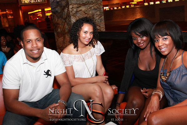 Soulstylz Presents: Remix Fridays at Sleek - Photos taken by Maurice