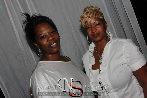 Moscato Mondays and LUEY V's Grown Man B-Day Celebration - Photos taken by Maurice