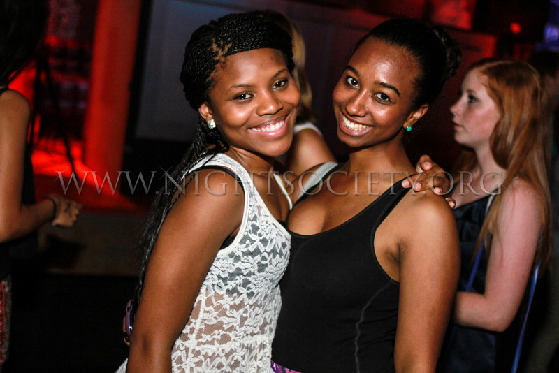 College Night at the Coliseum Music Lounge, Photography by NightSociety.